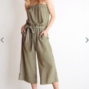 Bella Dahl strapless frayed hem green jumpsuit